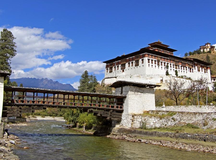 Reise in Bhutan, Pashupatinath mit Verbrennungsstätten