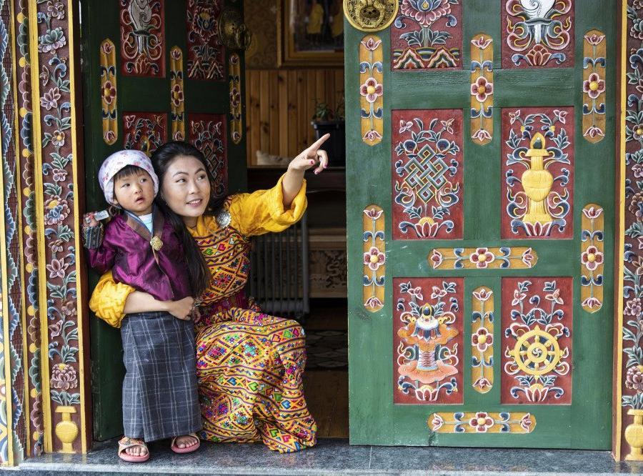 Reise in Bhutan, debattierende Mönche