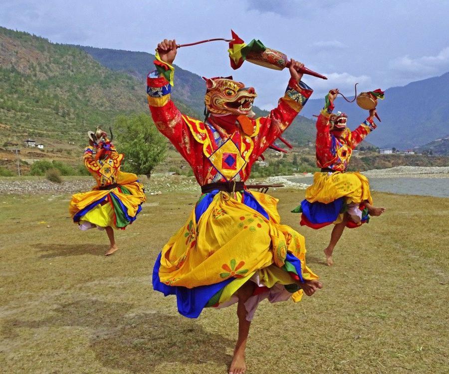 Reise in Bhutan, Maskentanz beim Klosterfestival in Paro