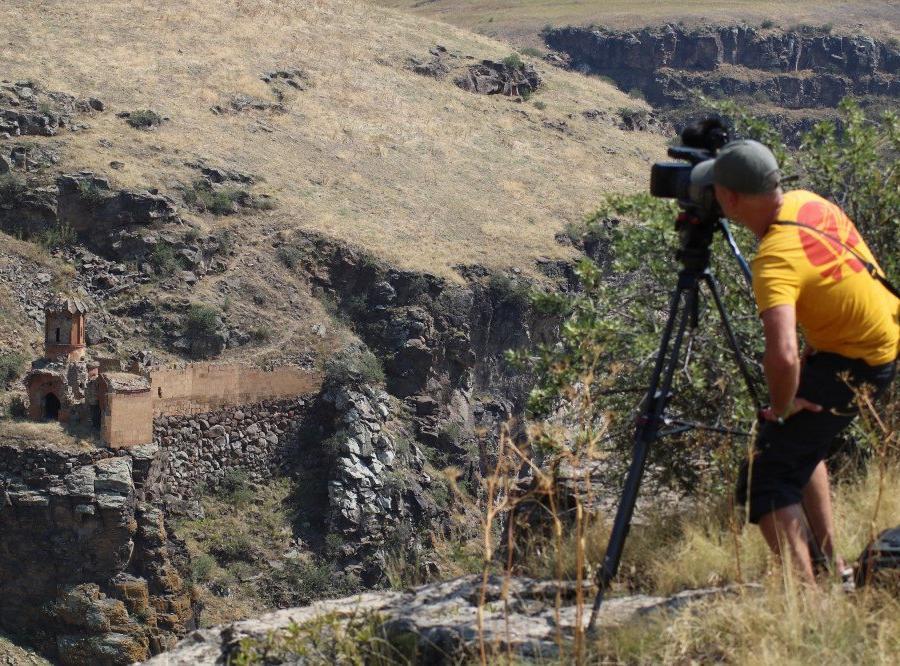 Reise in Armenien, Dreh in Ani