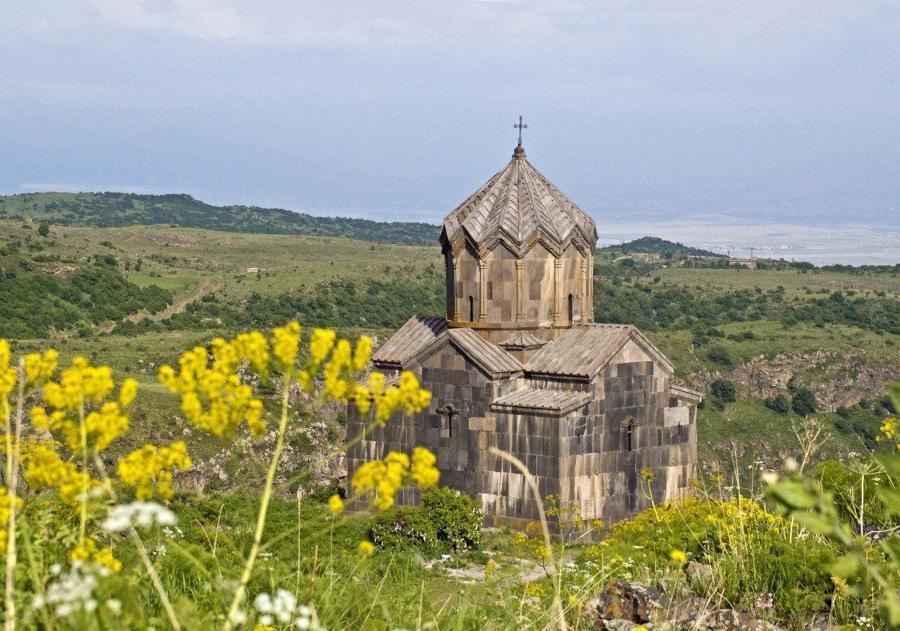 Reise in Armenien, Besichtigung der Klosteranlage von Noravank