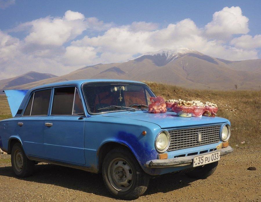 Reise in Armenien, Aufstieg in die Geghama-Berge
