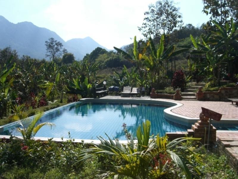 Reise in Laos, Erholung in Traumlandschaft im Hillside Resort