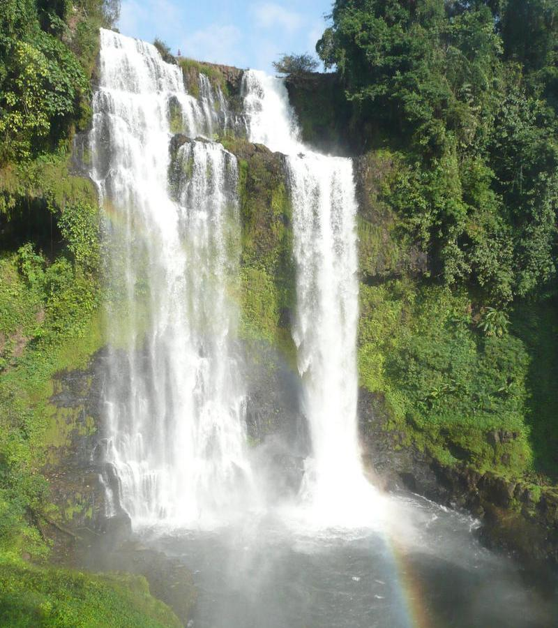 Reise in Laos, Wasserfälle auf dem Bolaven-Plateau in Südlaos