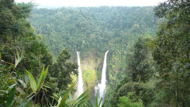 Reise in Laos, Tad Fane Wasserfälle auf dem Bolaven-Plateau in Südlaos