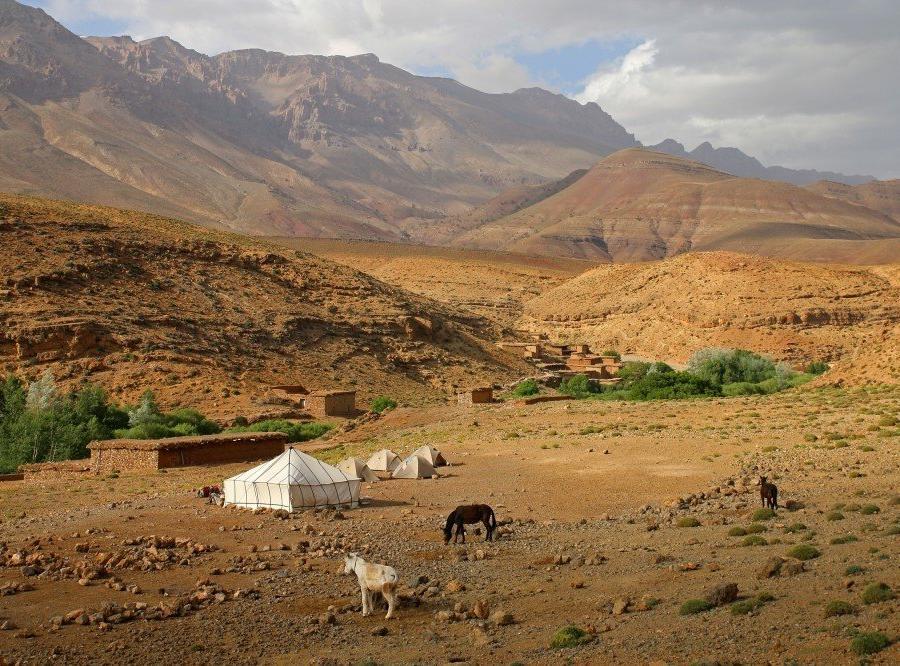 Reise in Marokko, Lagerplatz im Mgoun Massiv