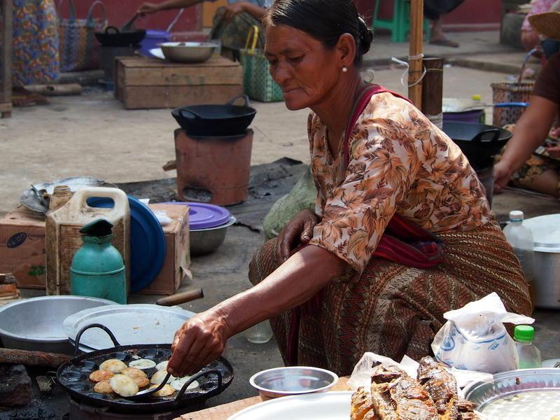Reise in Myanmar, In Nyaung Shwe am Inle-See können Sie den Markt besuchen