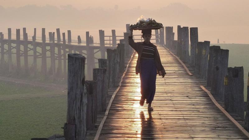 Reise in Myanmar, Birma: U Bein-Teakholzbruecke von Amarapura
