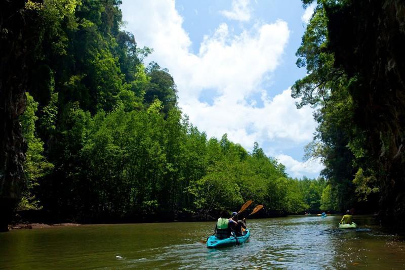 Reise in Myanmar, Kajak-Tour auf dem Tanintharyi-Fluss