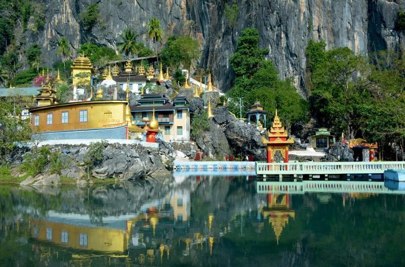 Reise in Myanmar, Eingang zur Bayin-Nyi-Höhle bei Hpa-an