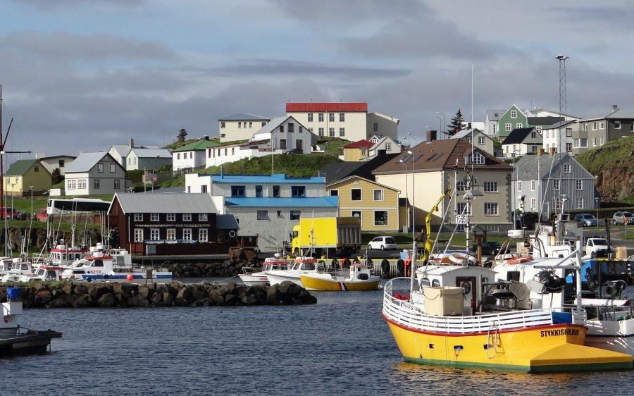 Reise in Island, Hafen in Stykkisholmur