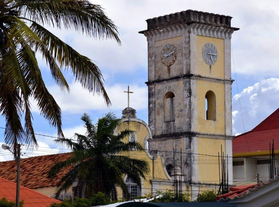 """Reise in Mosambik, """"Catedral da Nossa Senhora da Conceição"""" in Inhambane"""