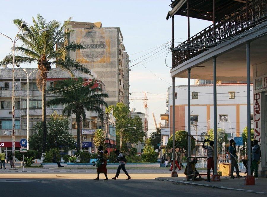 """Reise in Mosambik, """"Praça do Município"""" in Beira"""