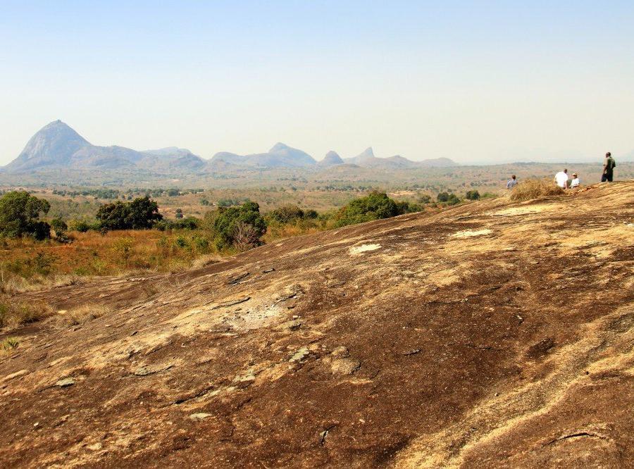 Reise in Mosambik, Granithügel in Nordmosambik