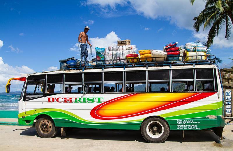 Reise in Philippinen, Jeepney auf den Philippinen