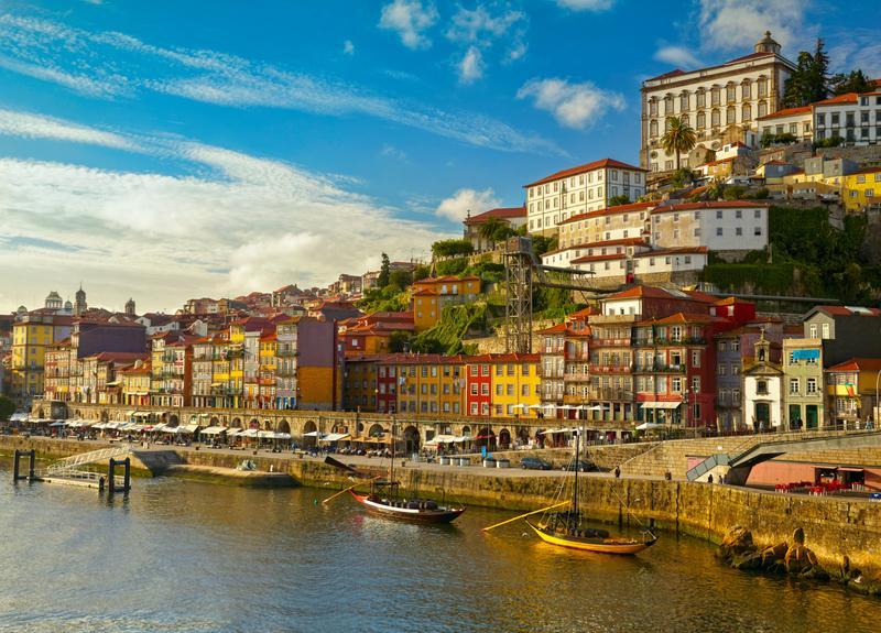 Reise in Portugal, Am Flussufer in Porto