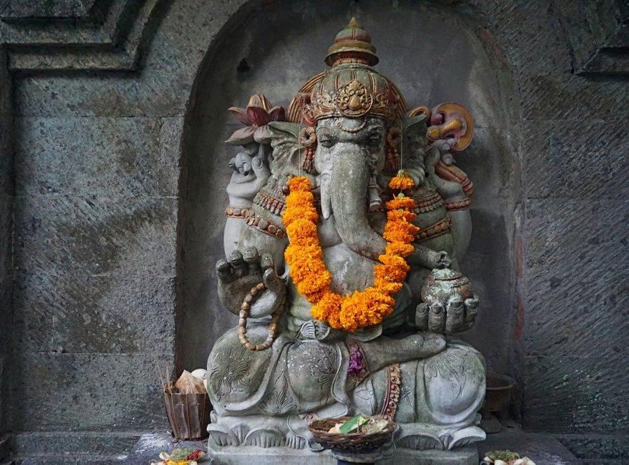 Reise in Indonesien, Statue des Ganesha auf Bali