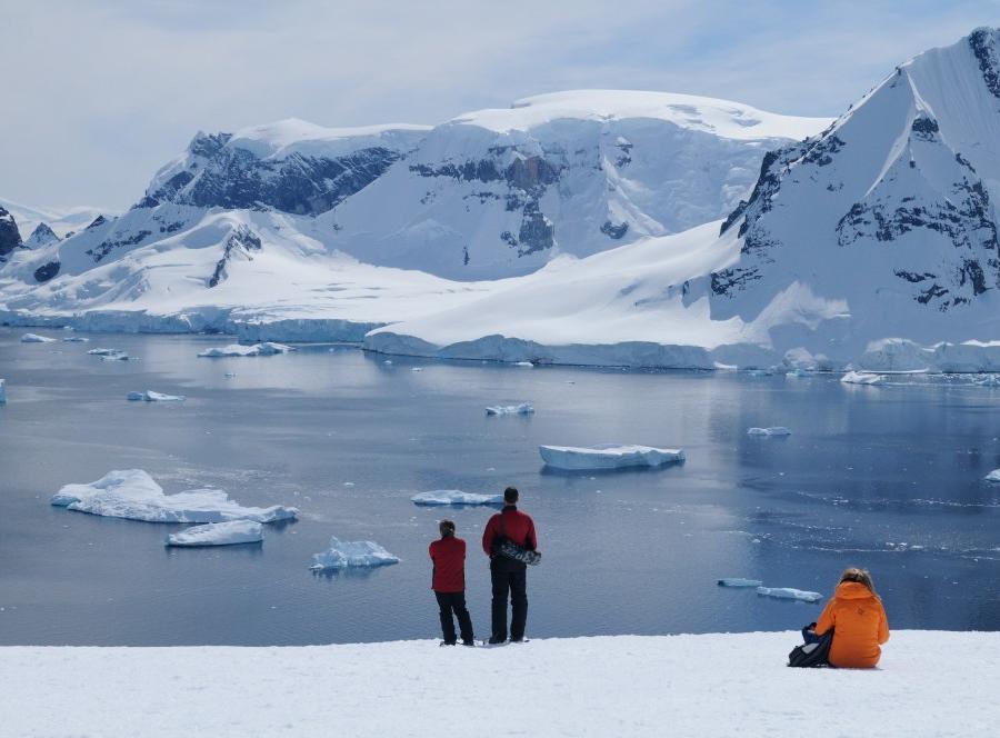 Reise in Antarktis, Sehnsuchtsziel Polarkreis Expeditionskreuzfahrt Antarktische Halbinsel • South Shetland-Inseln