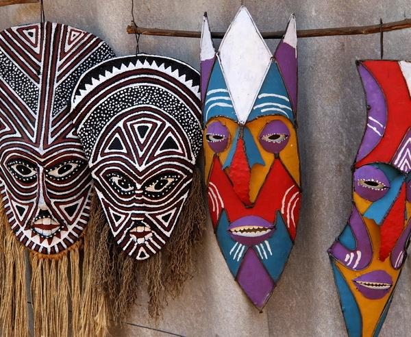 Reise in Simbabwe, Traditionelle Masken in Simbabwe