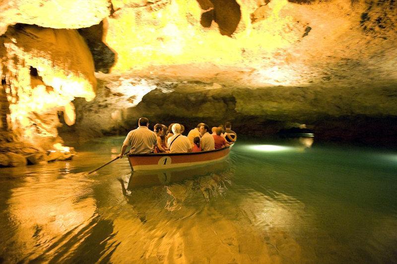 Reise in Spanien, Bootsfahrt in den San José-Höhlen bei Vall d'uixo