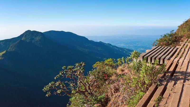 Reise in Sri Lanka, Wanderung zum Steilhang World's End im Nationalpark Horton Plains