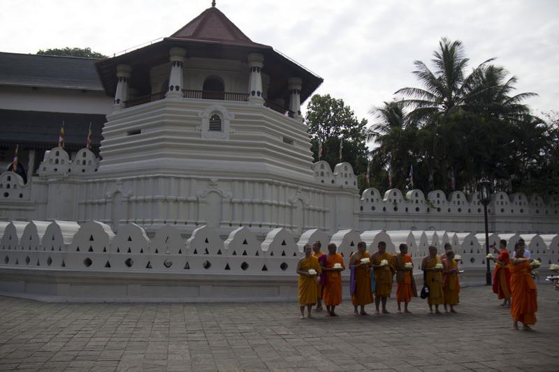 Reise in Sri Lanka, Tempel des heiligen Zahns in Kandy, Sri Lanka