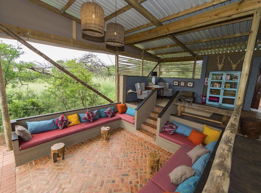 Reise in Südafrika, Lounge und Hauptbereich von der Zululand Lodge
