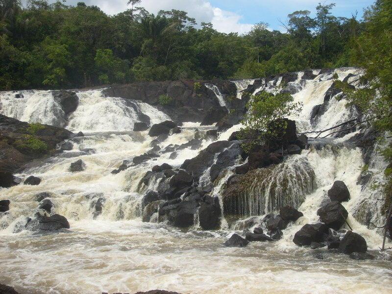 Reise in Suriname, Fahrt zu den Blanche Marie-Wasserfällen