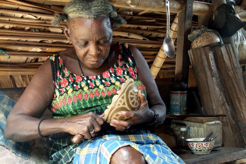 Reise in Suriname, Alltag der Menschen im Maroon-Dorf
