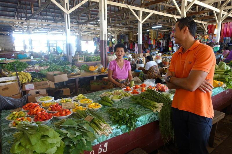Reise in Suriname, Lokale Köstlichkeiten auf den Märkten Surinames und freundliche Menschen begegnen uns