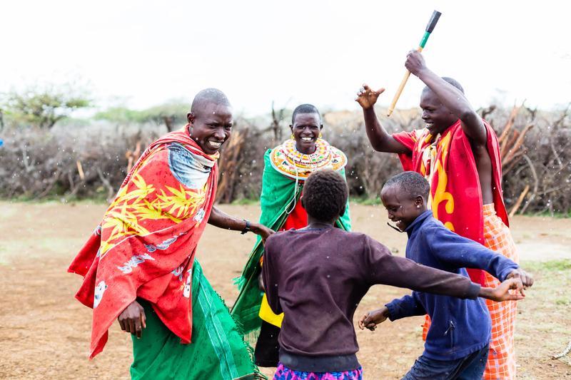 Reise in Tansania, Lebensfreude der Massai in Tansania