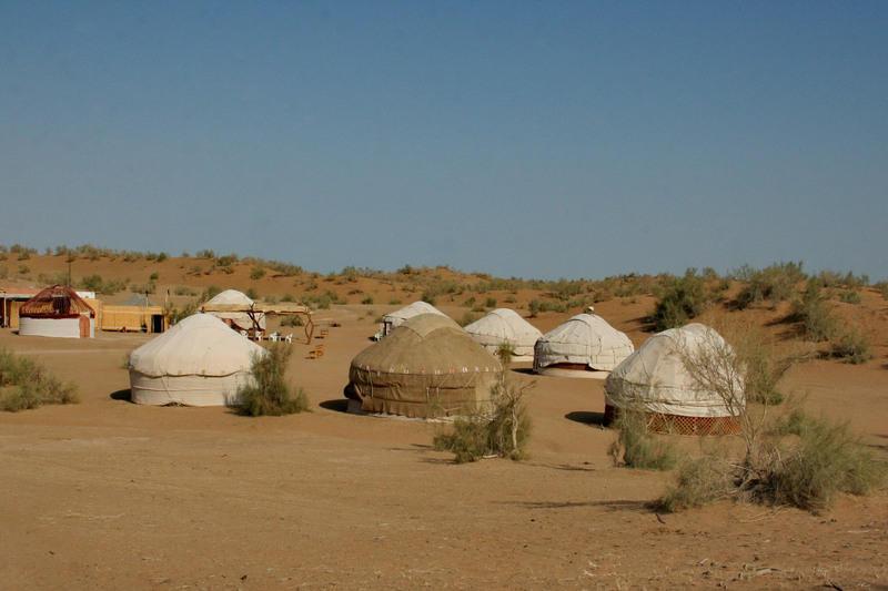Reise in Usbekistan, Jurtencamp in der Wüste Usbekistans