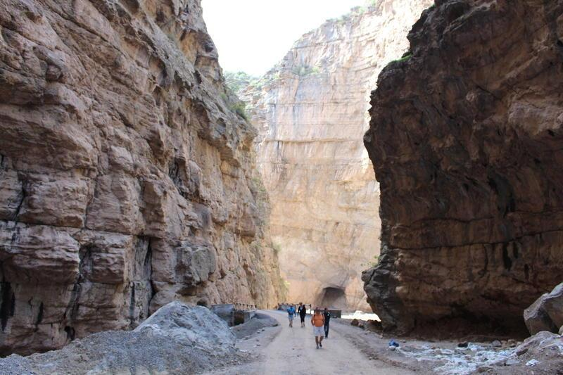 Reise in Usbekistan, Wandern in den Schluchten Usbekistans