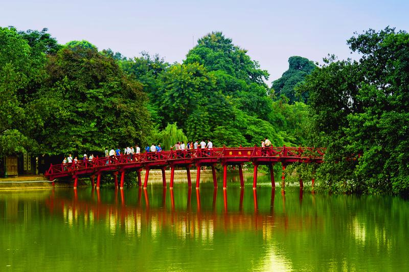 Reise in Vietnam, The Huc Brücke