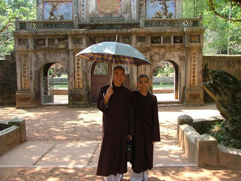 Reise in Vietnam, Mönche in Hue