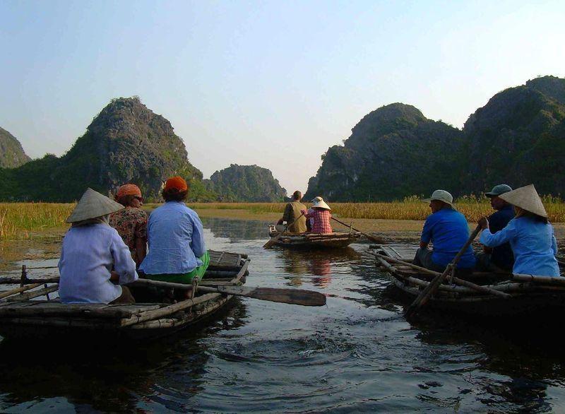 Reise in Vietnam, Vietnam-Unsere nächste Reiseetappe ist die Trockene Halongbucht bei Ninh Binh