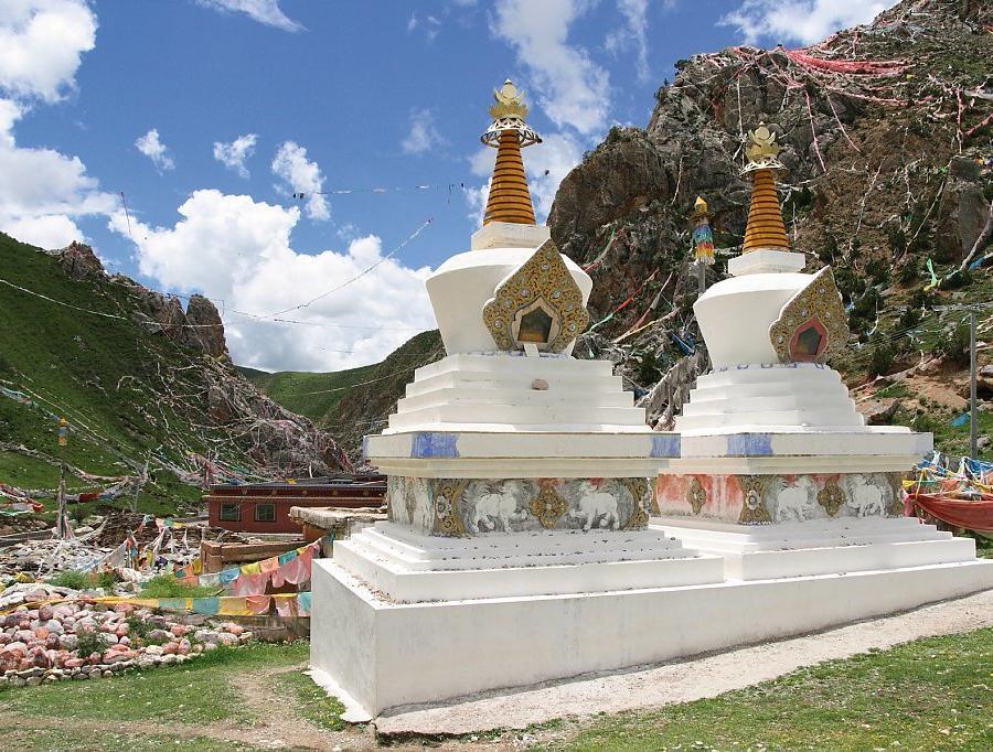 Reise in China, Von heiligen Stätten zu heiligen Bergen - Von Zentraltibet zum Kailash