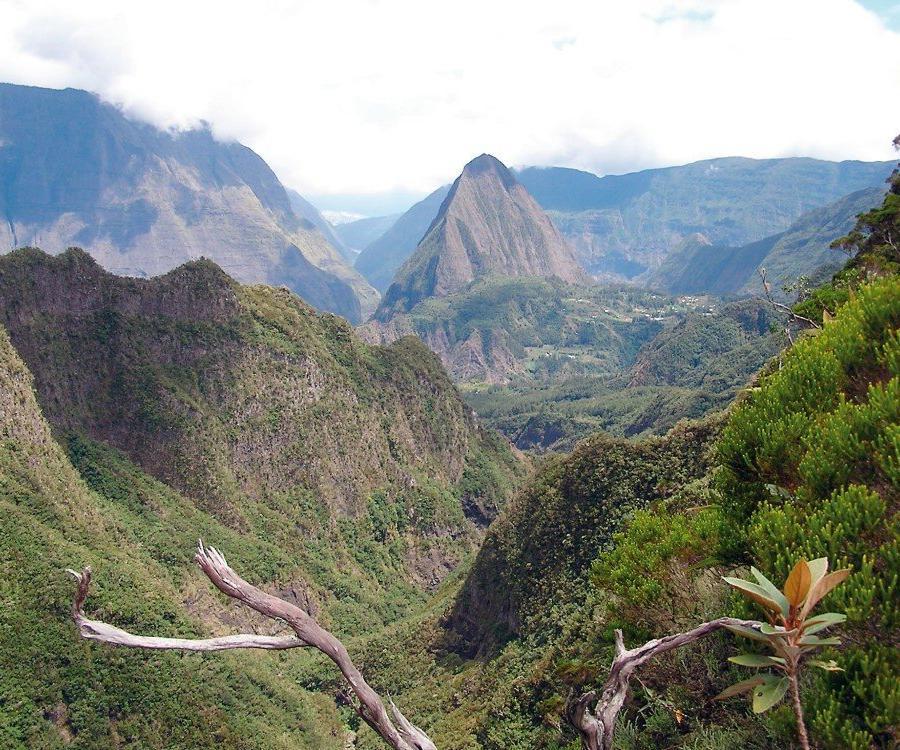 Reise in Madagaskar, Blick in eine Caldera