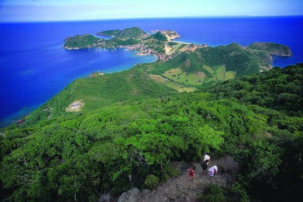 Reise in Dominica, Zu Fuß durch Guadeloupe, Dominica und Martinique